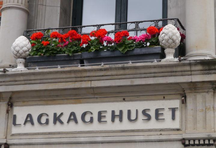 Pelargonia er staselig i blomsterkassen