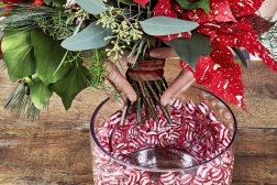 Lag en julevase med drops og julestjerne, trinn 5