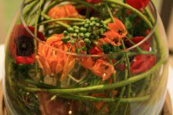 Vårlig borddekorasjon – med de blomster du har