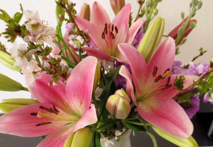 Liljebukett i rosa