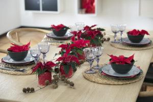 Enkelt og festlig juleborddekning