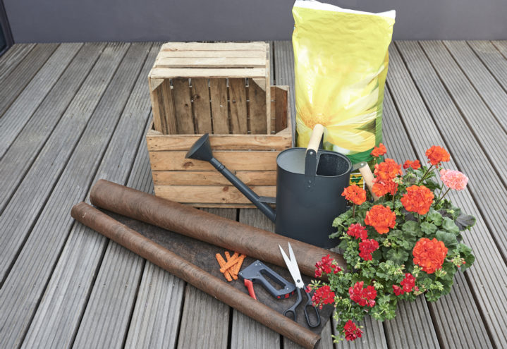 Lag en plantevegg med plantekasser