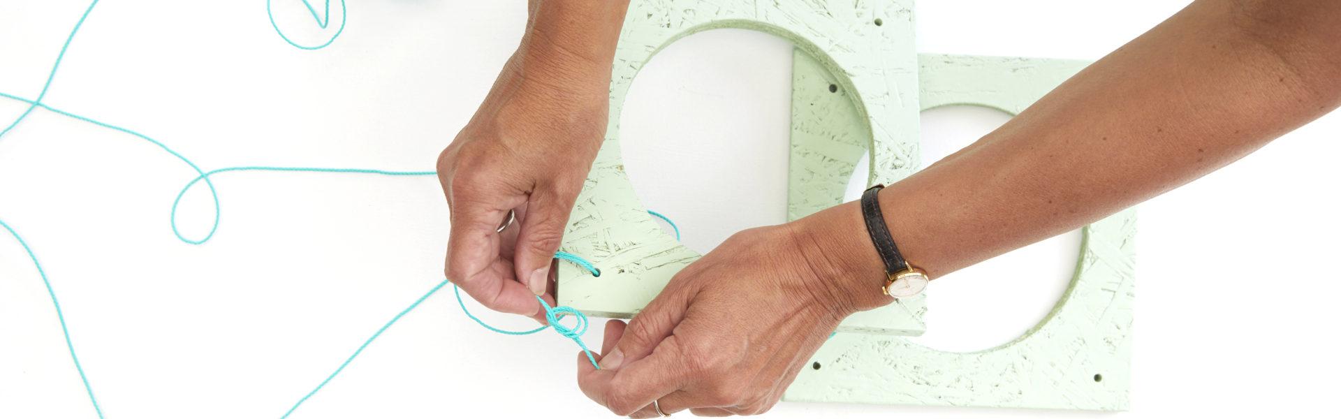 Lag et planteoppheng som ikke klemmer plantene – DIY